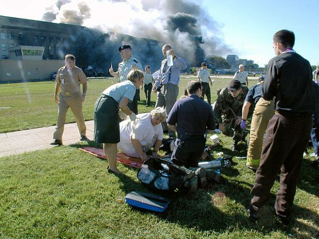 Triage vor dem Pentagon am 11. September 2001